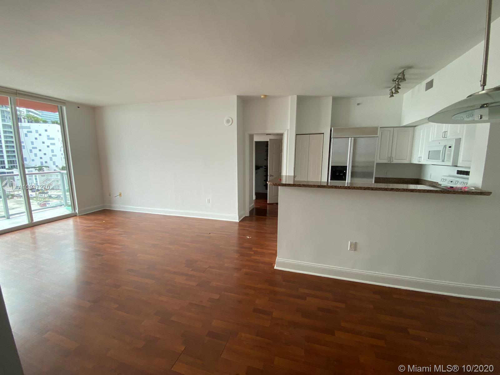 1155 Brickell Bay Dr #509 photo06