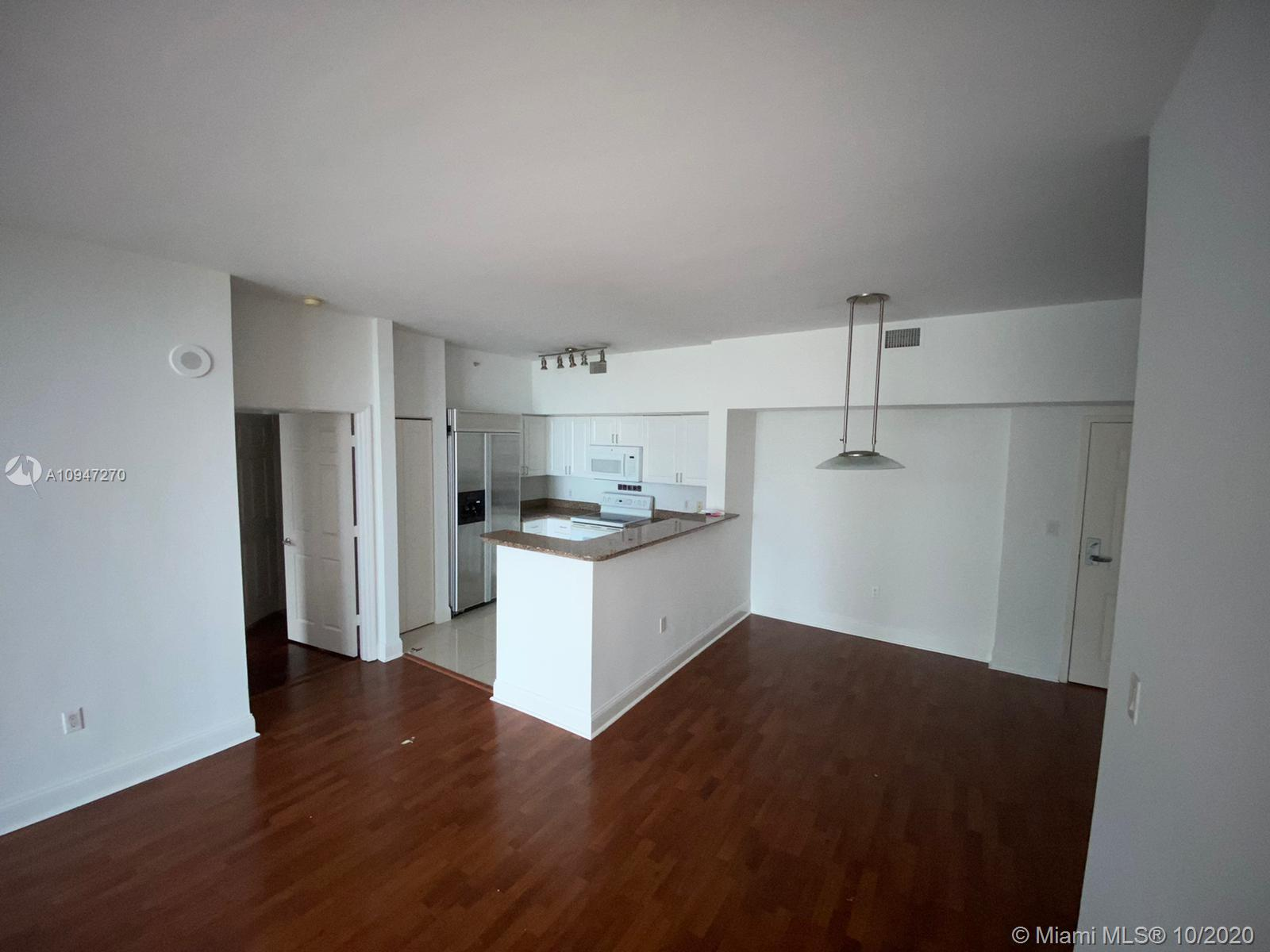 1155 Brickell Bay Dr #509 photo016