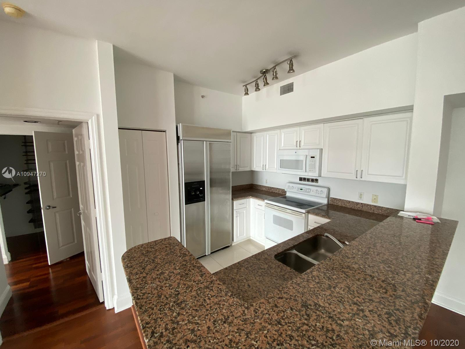 1155 Brickell Bay Dr #509 photo07