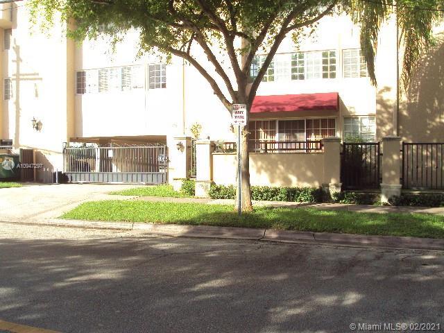 300 Madeira Ave # 401, Coral Gables, Florida 33134, 2 Bedrooms Bedrooms, 4 Rooms Rooms,1 BathroomBathrooms,Residential,For Sale,300 Madeira Ave # 401,A10947297