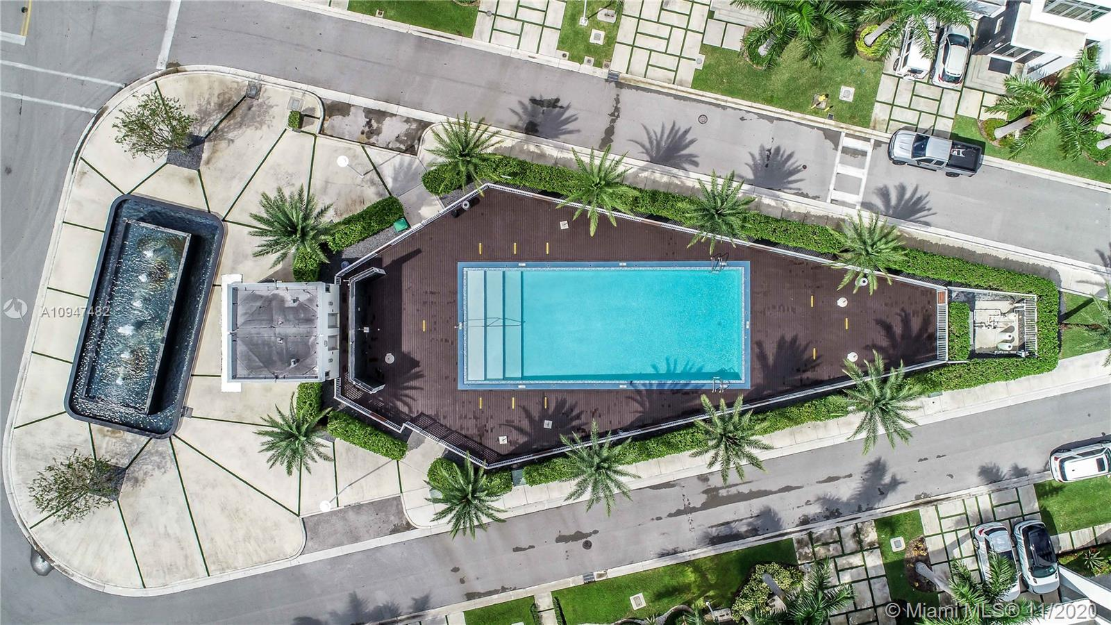 Oasis Park Square - 8283 NW 33rd Ter, Doral, FL 33122