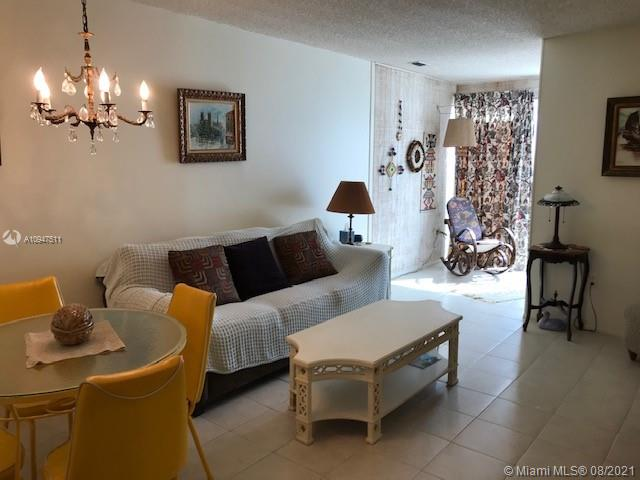 200 177th Dr # 404, Sunny Isles Beach, Florida 33160, 1 Bedroom Bedrooms, ,1 BathroomBathrooms,Residential,For Sale,200 177th Dr # 404,A10947511