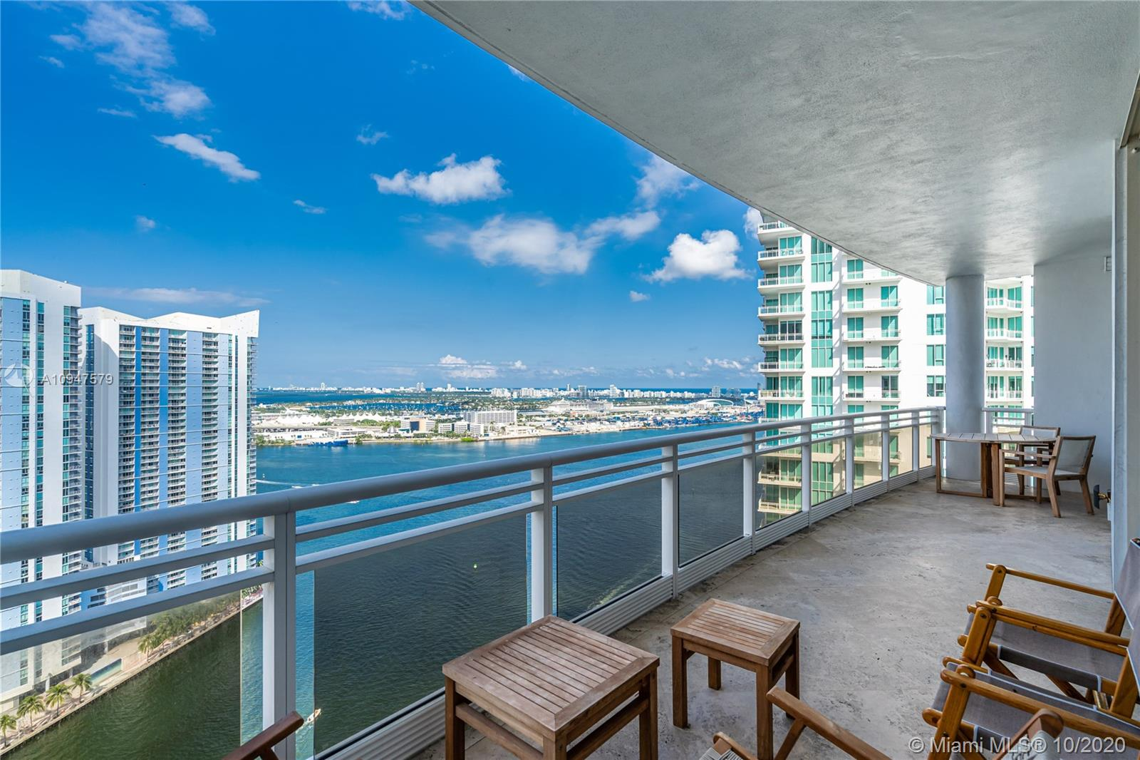 Carbonell #3507 - 901 Brickell Key Blvd #3507, Miami, FL 33131