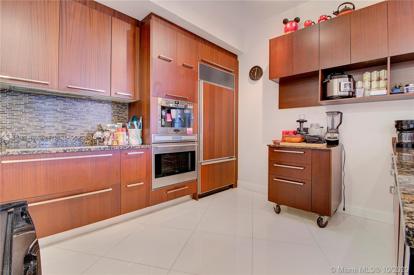 15901 Collins Ave #1207 photo019
