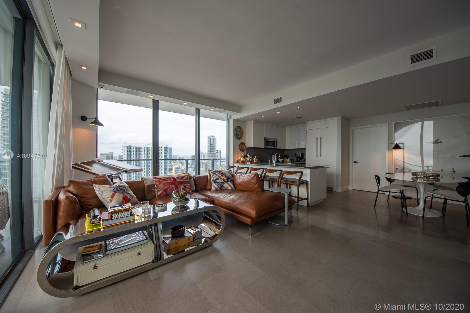 88 SW 7th St # 2912, Miami, Florida 33130, 3 Bedrooms Bedrooms, ,4 BathroomsBathrooms,Residential,For Sale,88 SW 7th St # 2912,A10947710