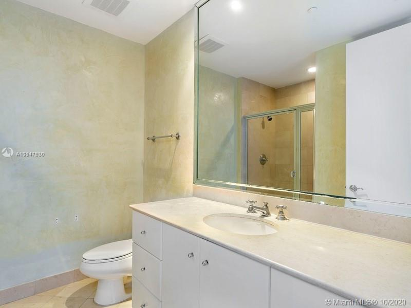 100 S Pointe Dr #1908 photo010