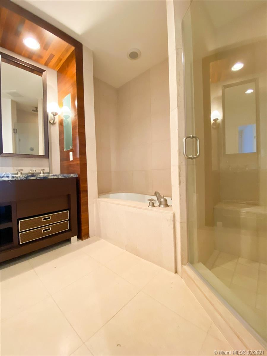 6799 Collins Ave #203 photo010
