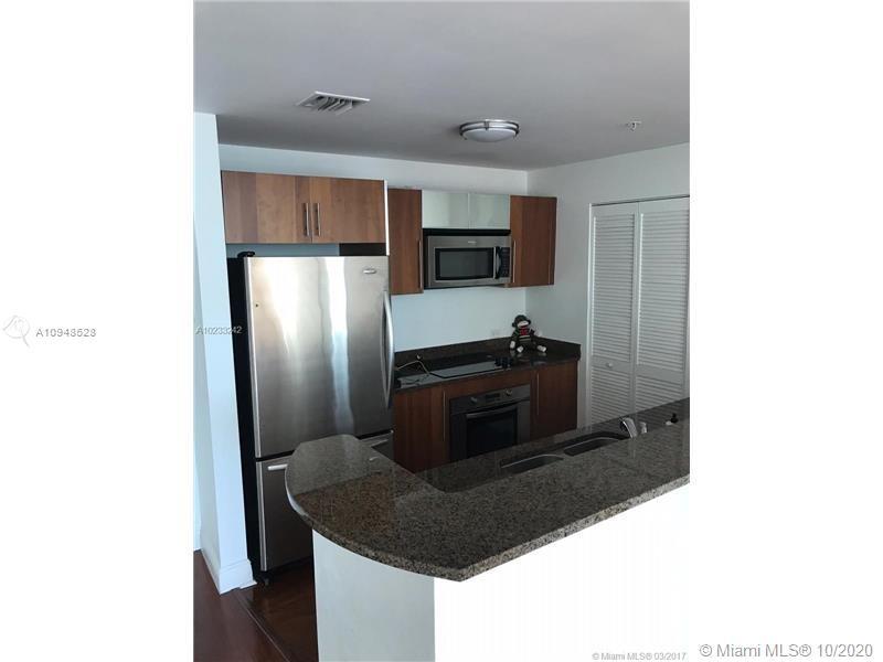 Met 1 #T-1504 - 300 S Biscayne Blvd #T-1504, Miami, FL 33131