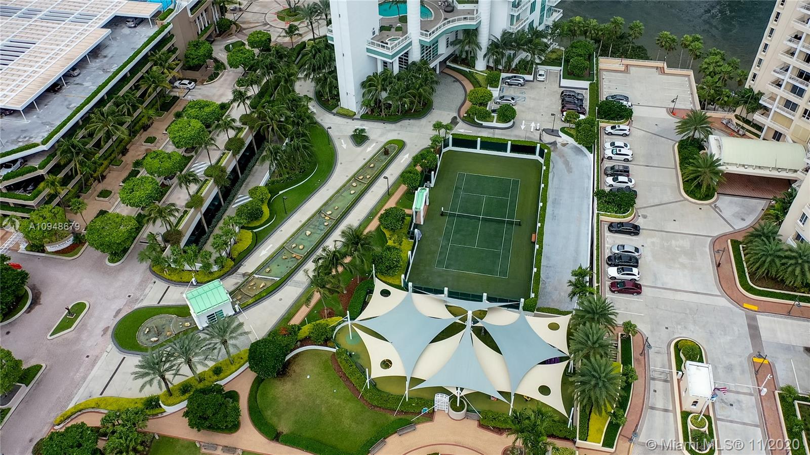 Photo of 888 Brickell Key Dr #604 listing for Sale