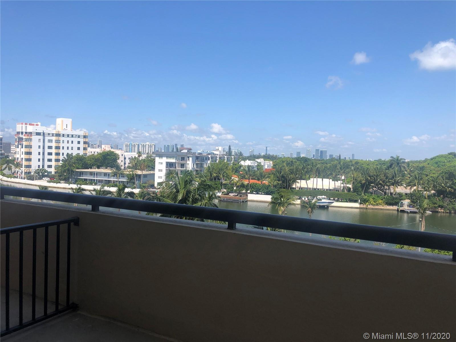2555 Collins Ave #604 photo011
