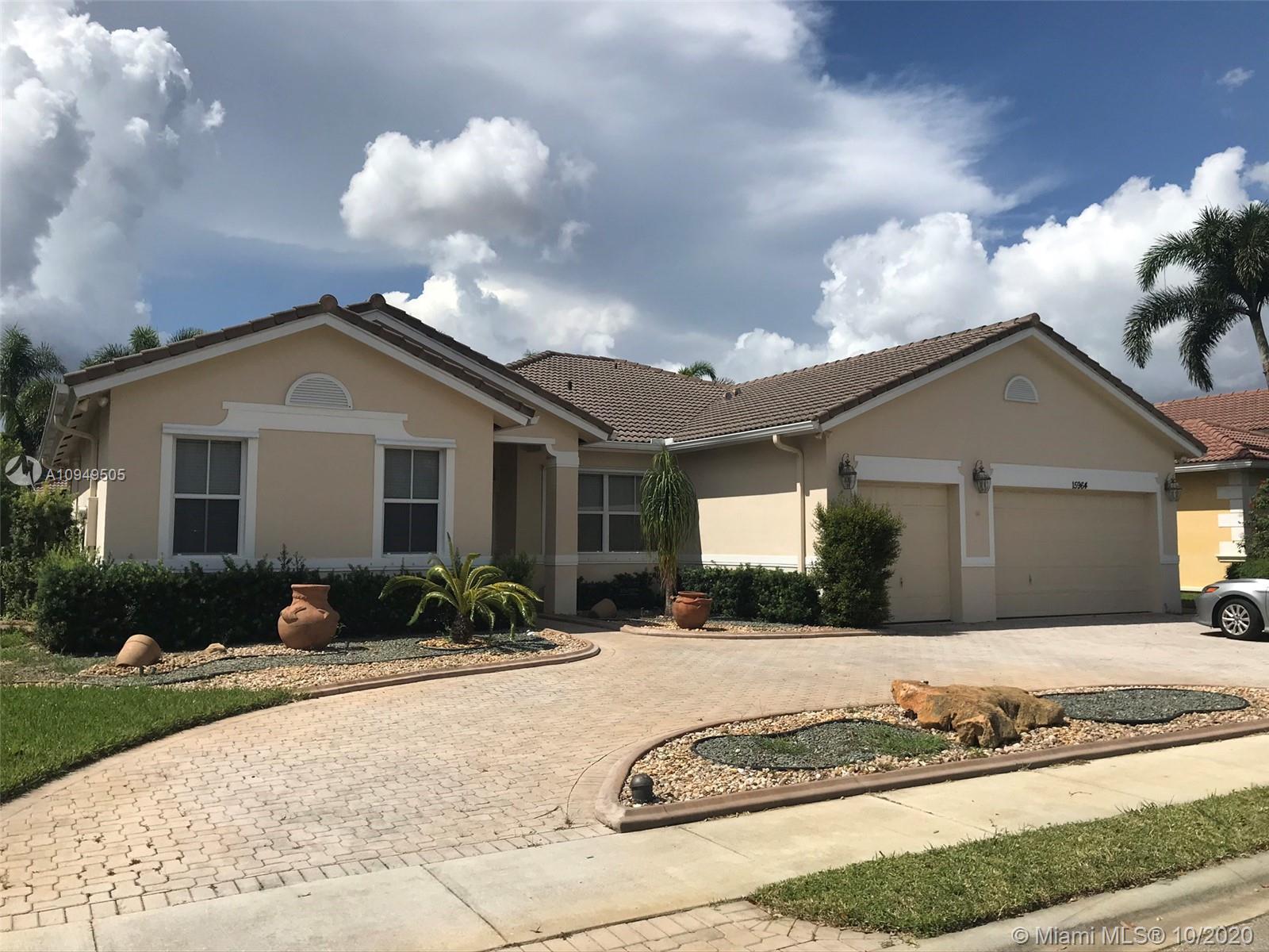 The Estates of Pembroke Shores - 15964 SW 3rd St, Pembroke Pines, FL 33027