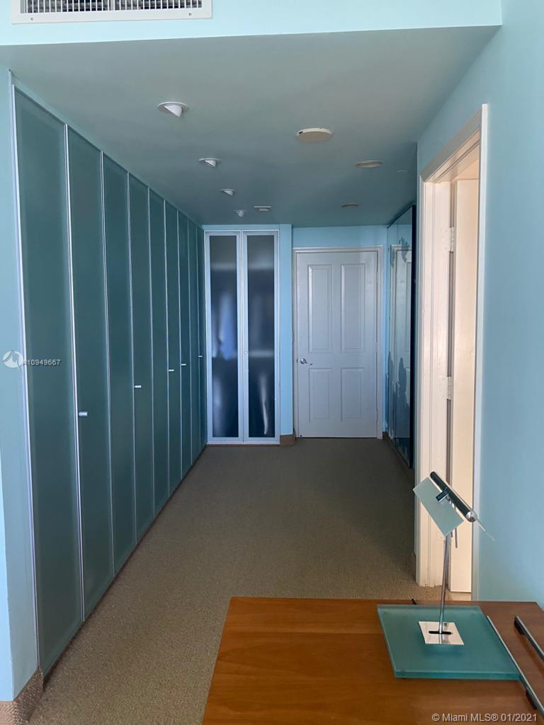 17875 Collins Ave #701 photo017