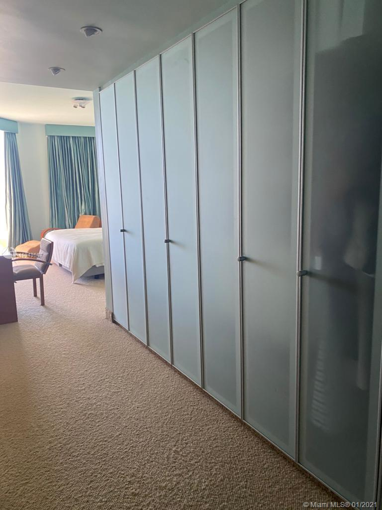 17875 Collins Ave #701 photo016