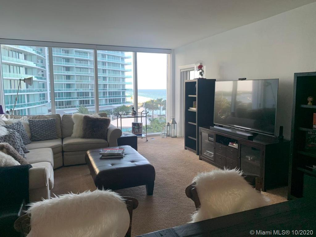 10275 Collins Ave #607 photo02