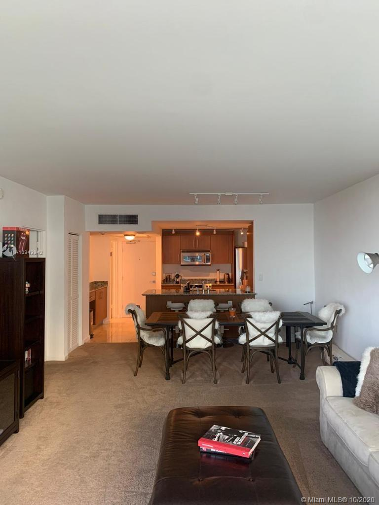 10275 Collins Ave #607 photo03