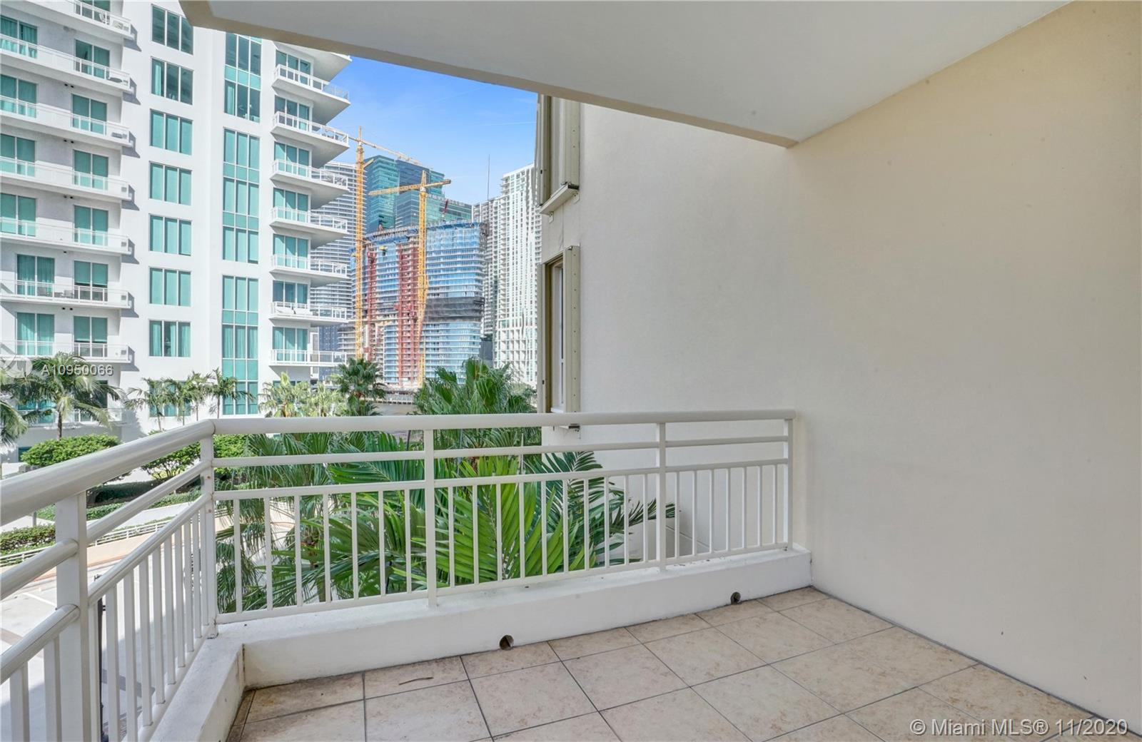 888 Brickell Key Dr #502 photo023