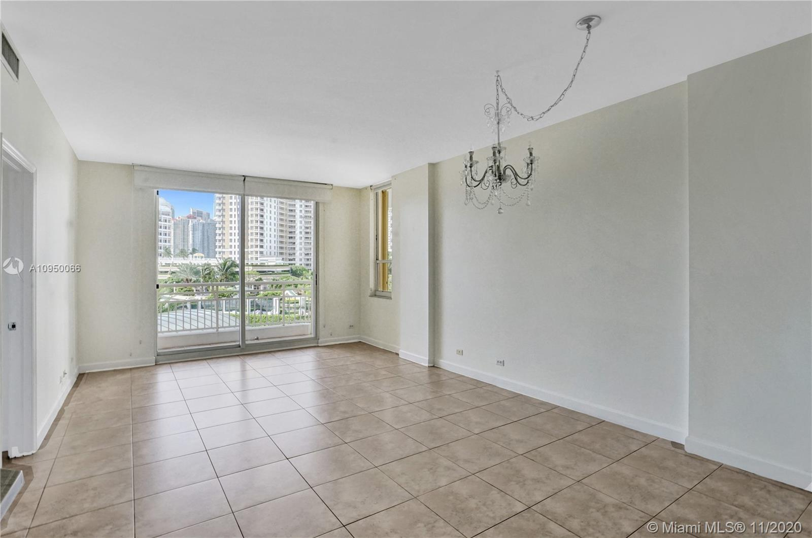 888 Brickell Key Dr #502 photo013