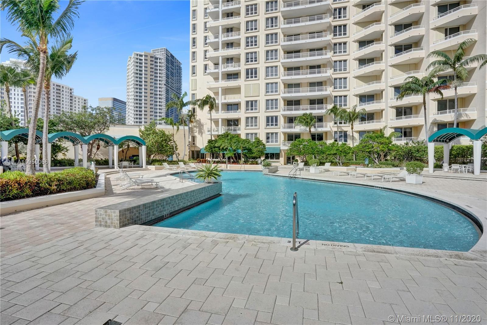 888 Brickell Key Dr #502 photo026
