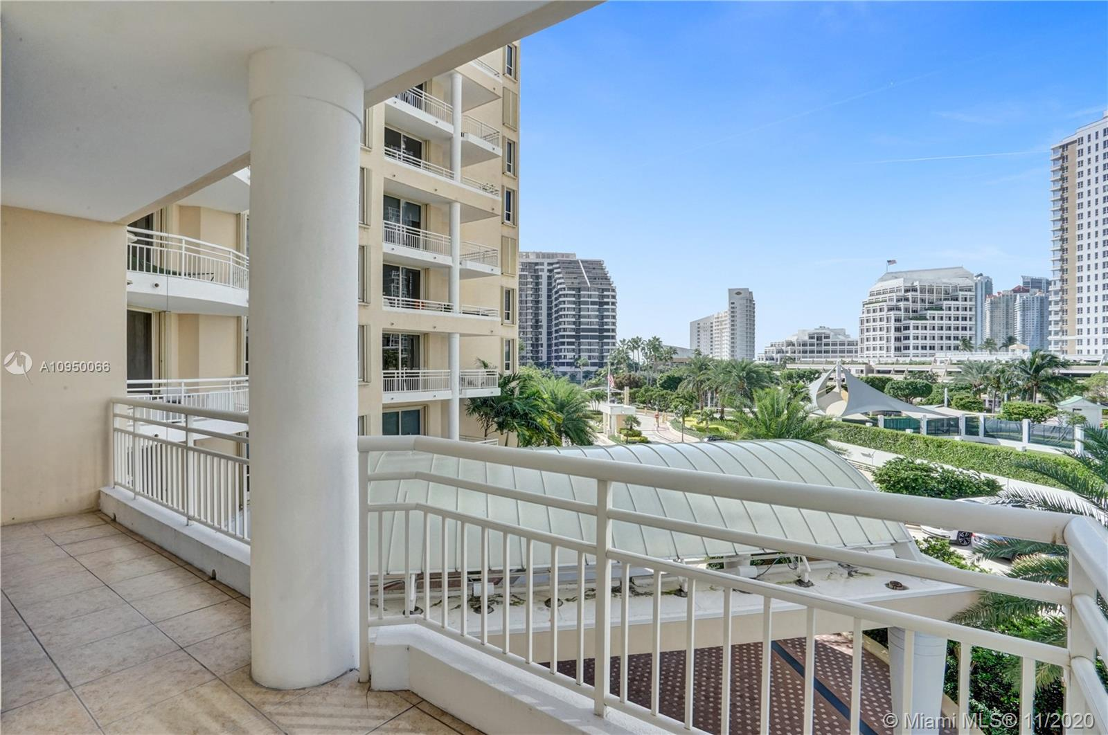 888 Brickell Key Dr #502 photo022