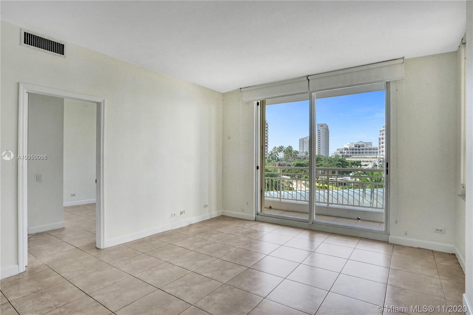 888 Brickell Key Dr #502 photo015