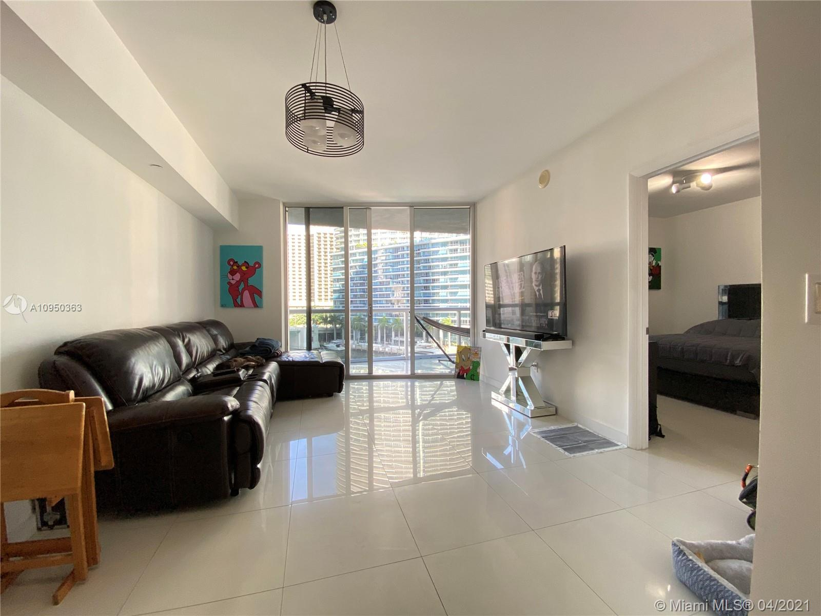 465 NW Brickell Ave #704 photo026