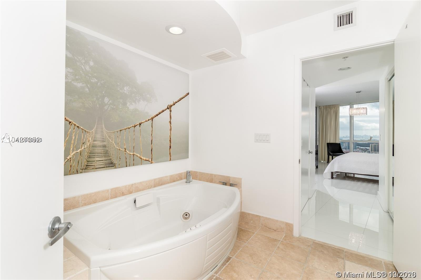 18201 Collins Ave #5105 photo07