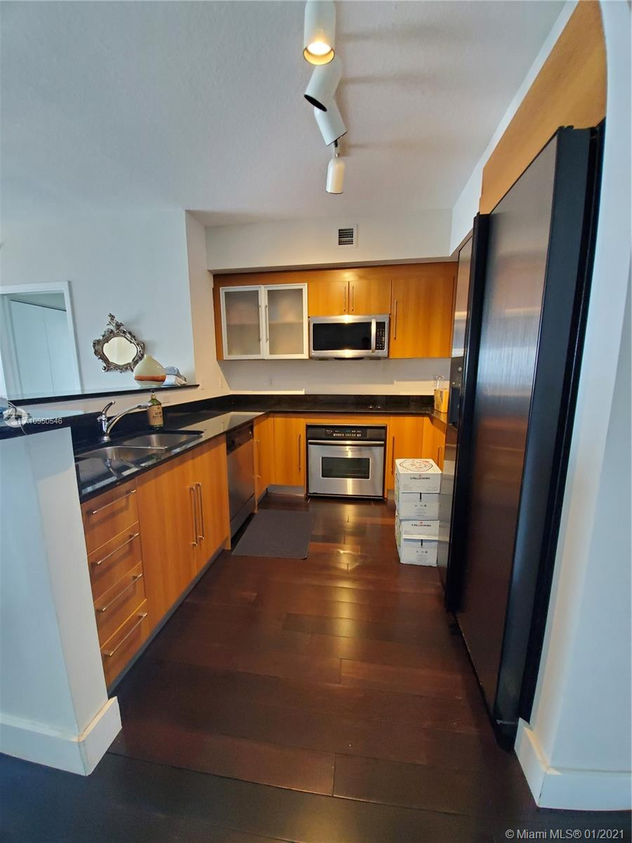 Photo of 325 S Biscayne Blvd #4315 listing for Sale