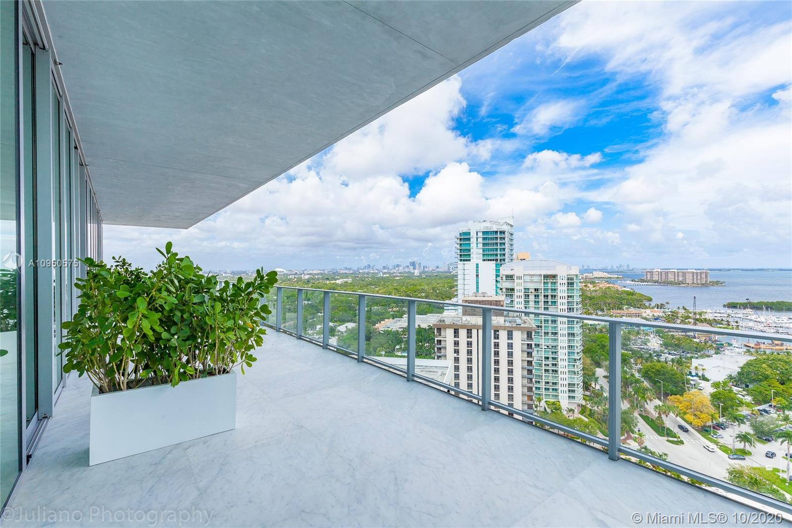 Grove At Grand Bay North Tower #1902-N - 2669 S BAYSHORE DR #1902-N, Coconut Grove, FL 33133