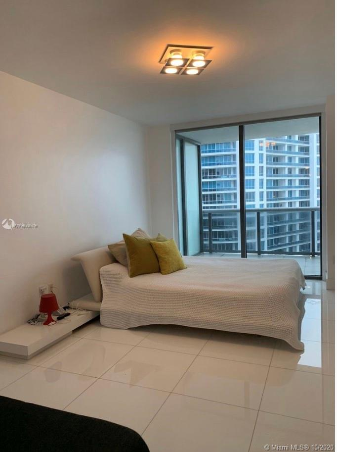 Photo of 5875 Collins Ave #1401 listing for Sale
