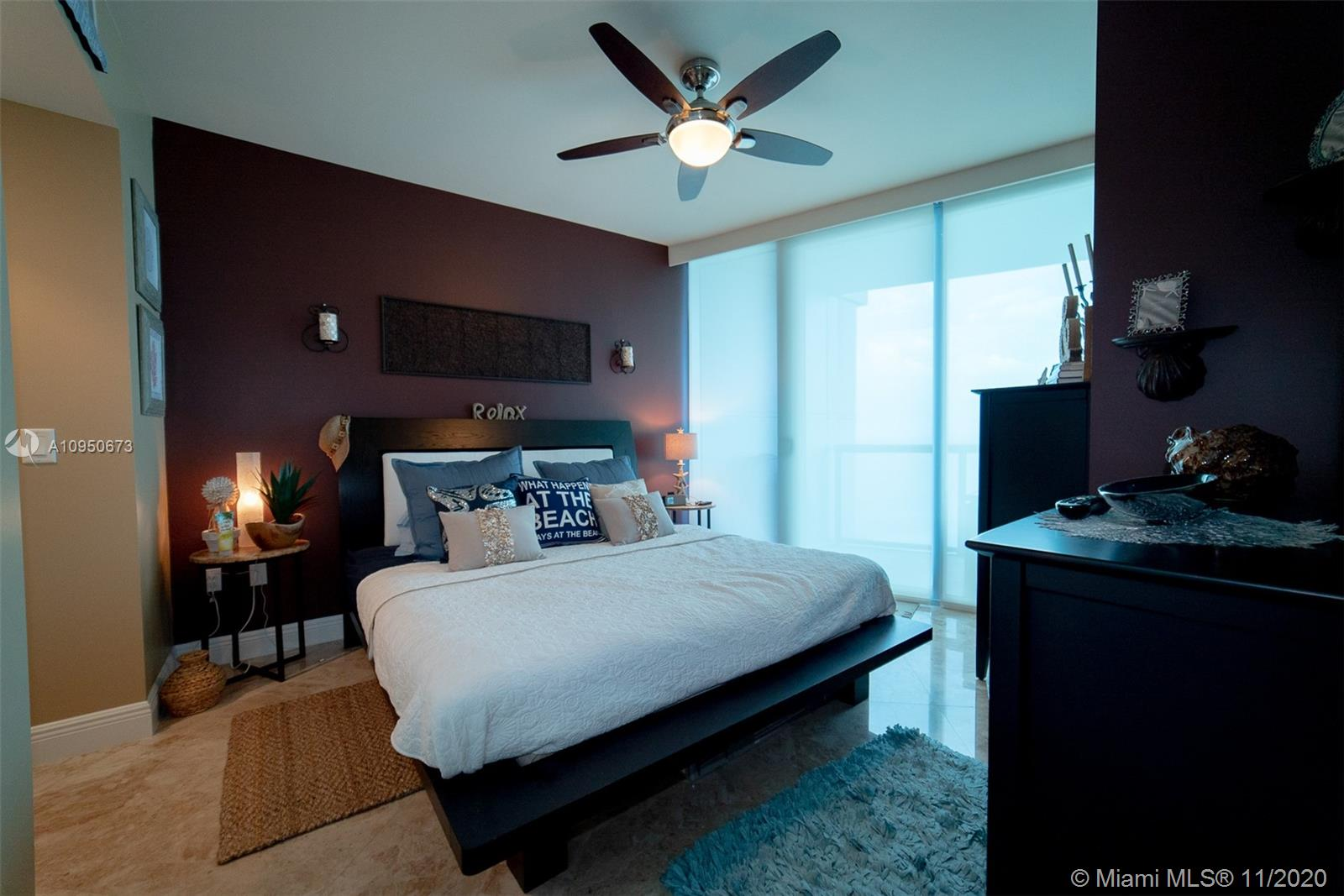 17001 Collins Ave #1403 photo04