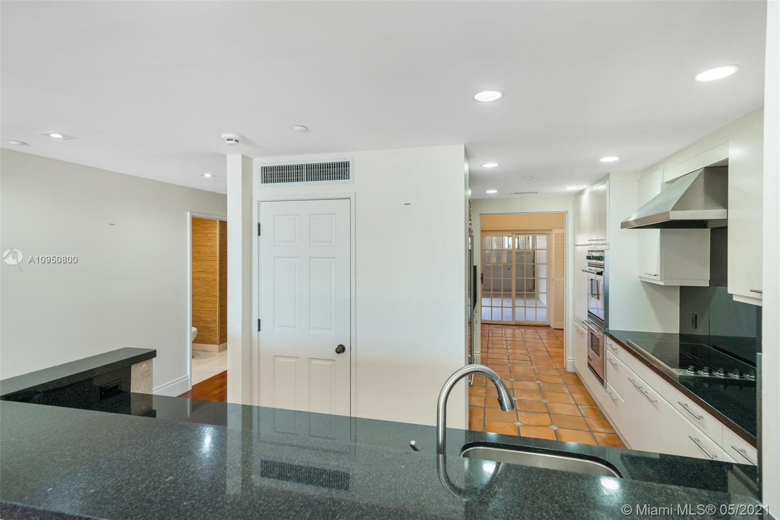 2212 Fisher Island Dr #2212 photo016