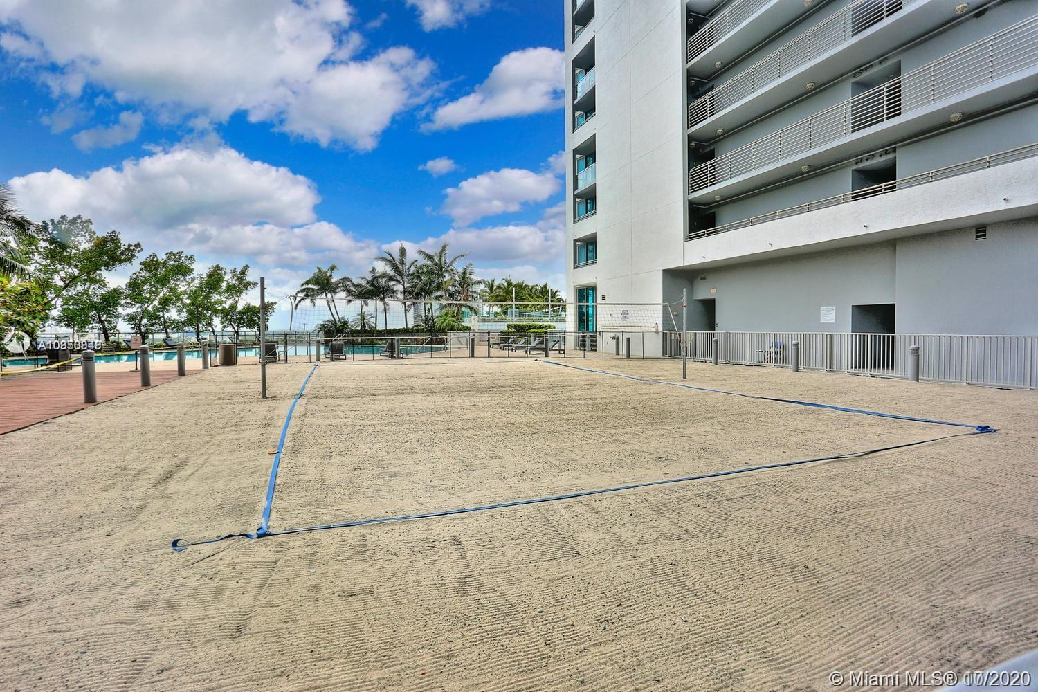 888 Biscayne Blvd #1802 photo019