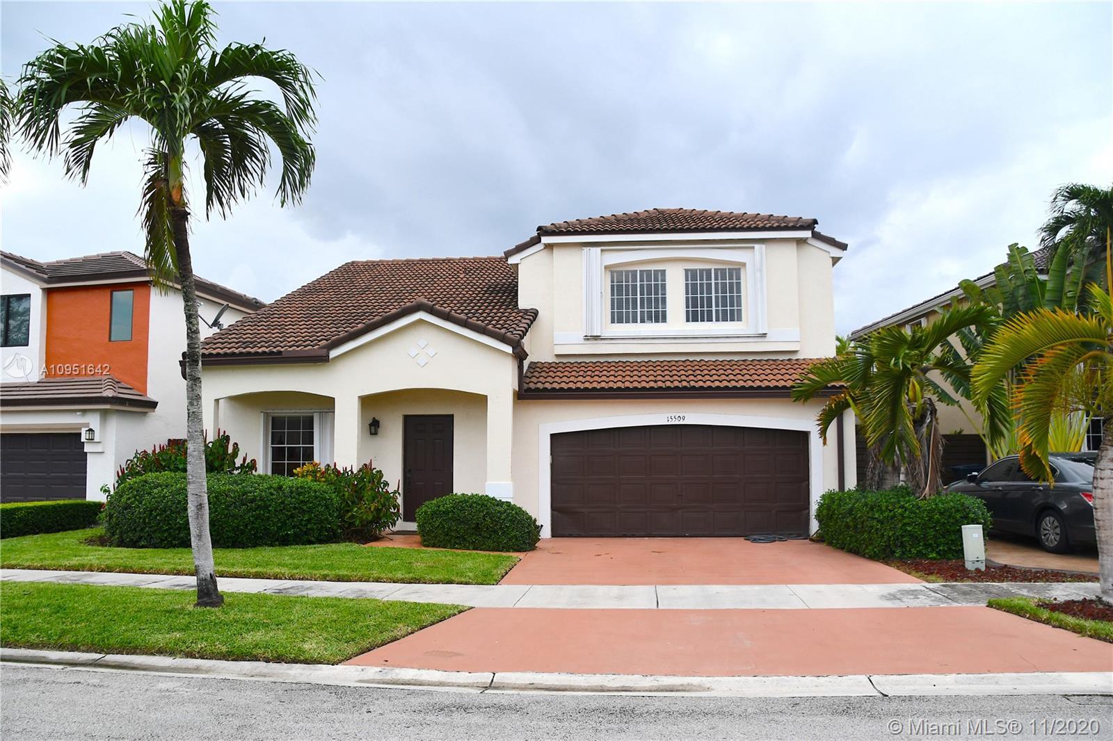 Hammocks - 15509 SW 99th Ter, Miami, FL 33196