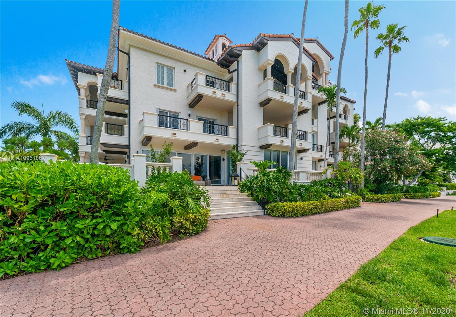 2514 Fisher Island Dr #6104 photo038