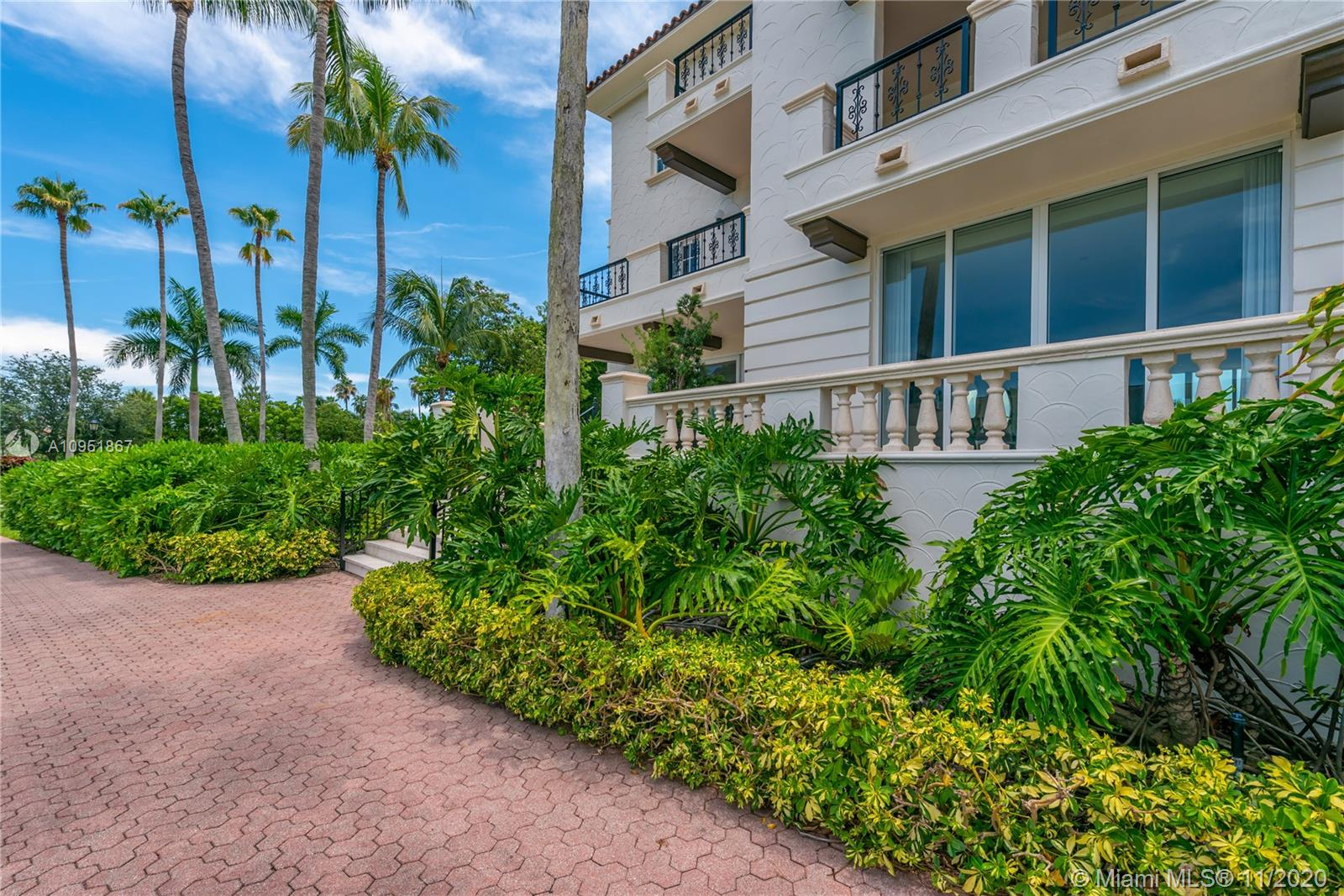 2514 Fisher Island Dr #6104 photo041