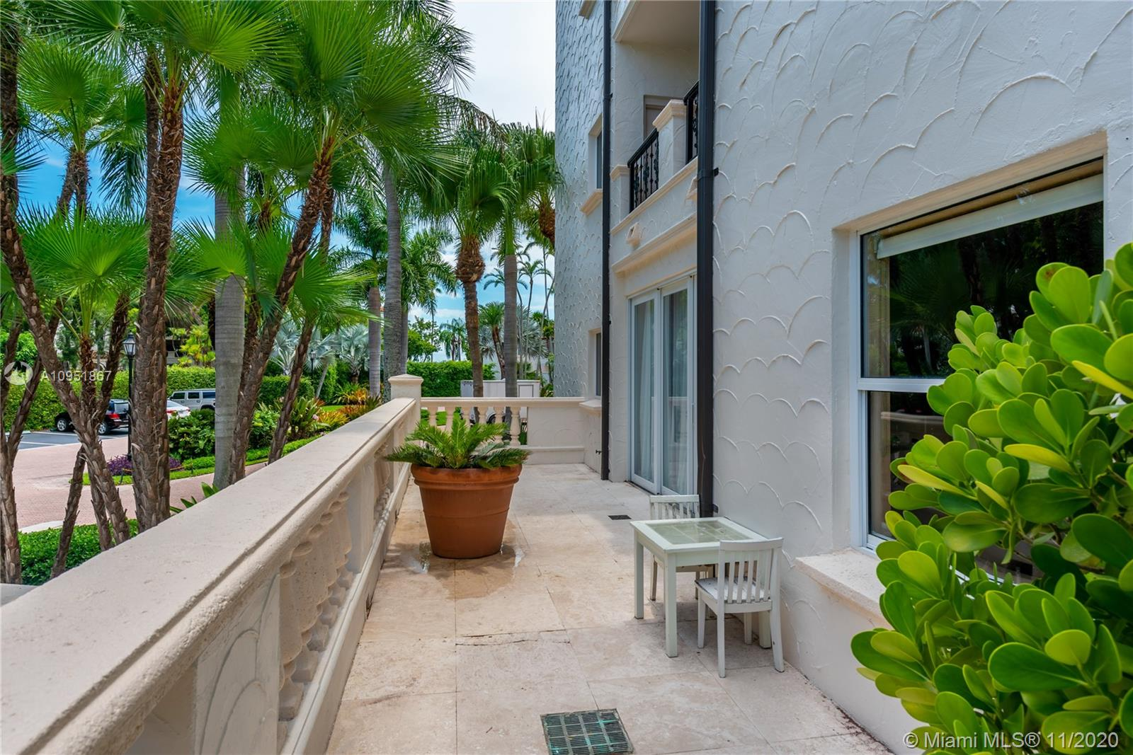 2514 Fisher Island Dr #6104 photo037