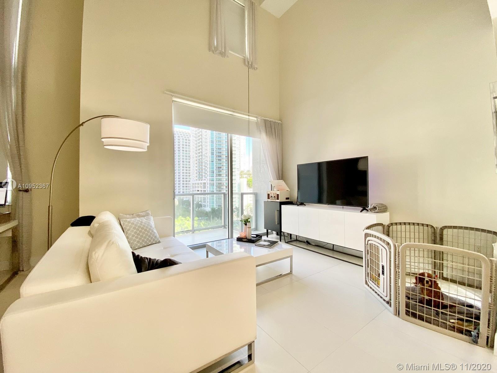 1060 Brickell West Tower #801 - 1060 Brickell Ave #801, Miami, FL 33131