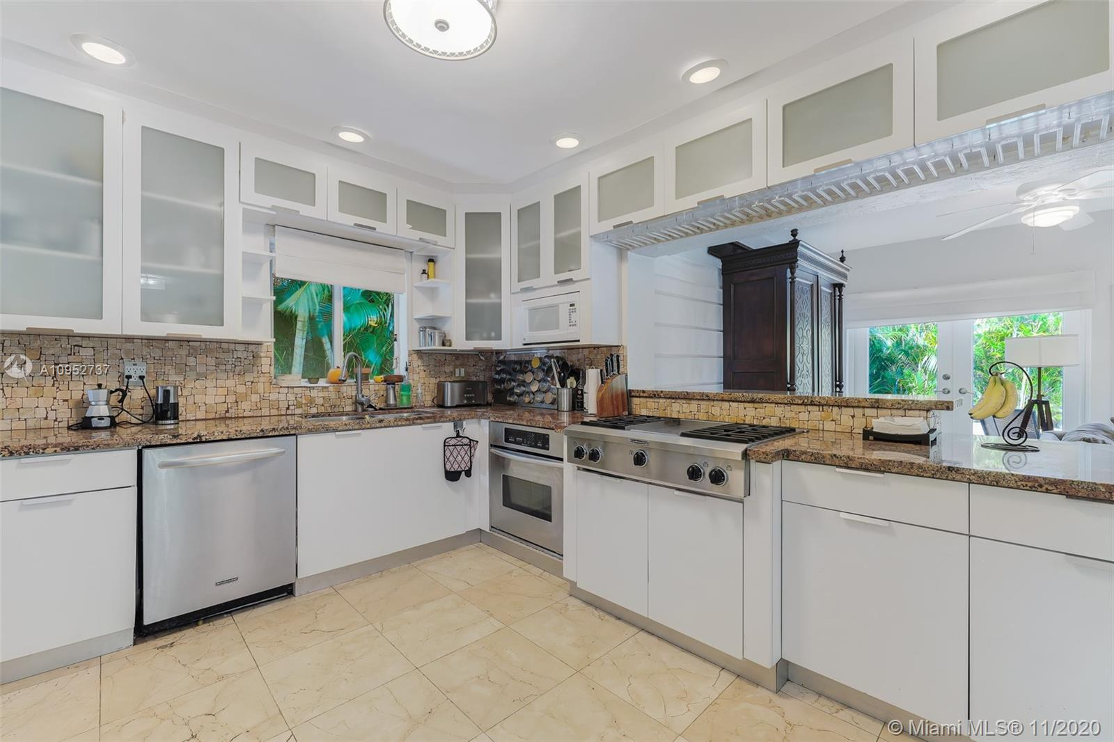 1263 NE 92nd St, Miami Shores, Florida 33138, 3 Bedrooms Bedrooms, ,3 BathroomsBathrooms,Residential,For Sale,1263 NE 92nd St,A10952737