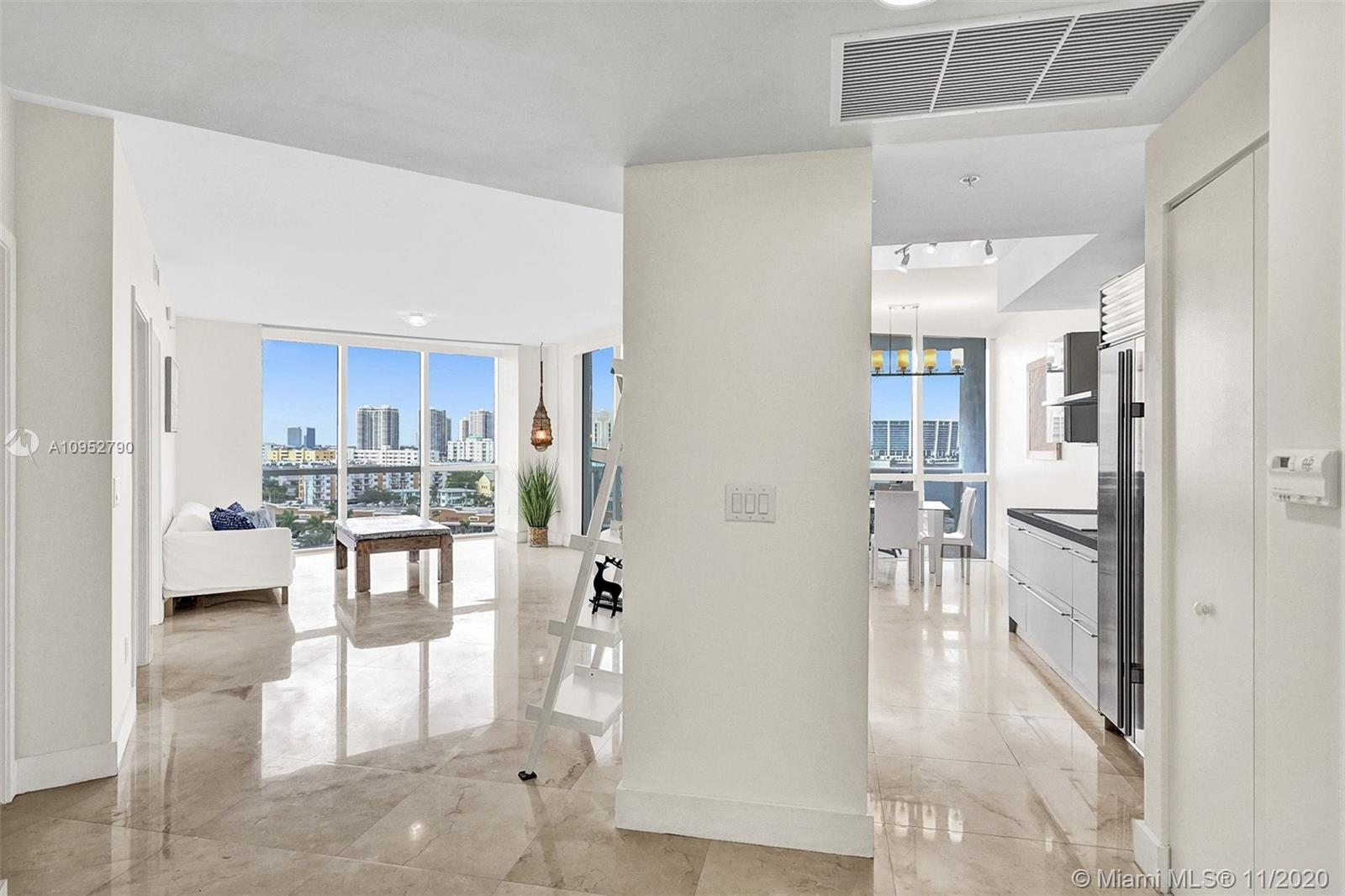 18201 Collins Ave #901A photo02