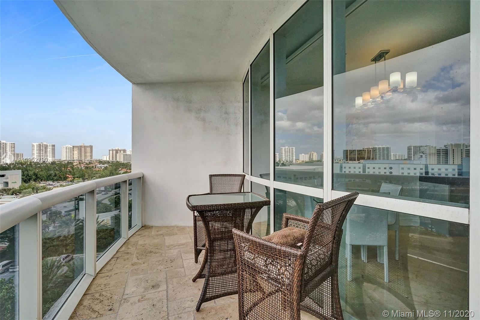 18201 Collins Ave #901A photo017