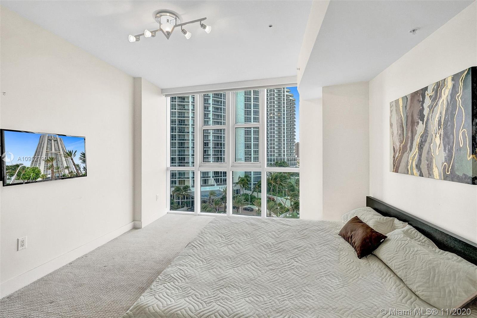 18201 Collins Ave #901A photo022