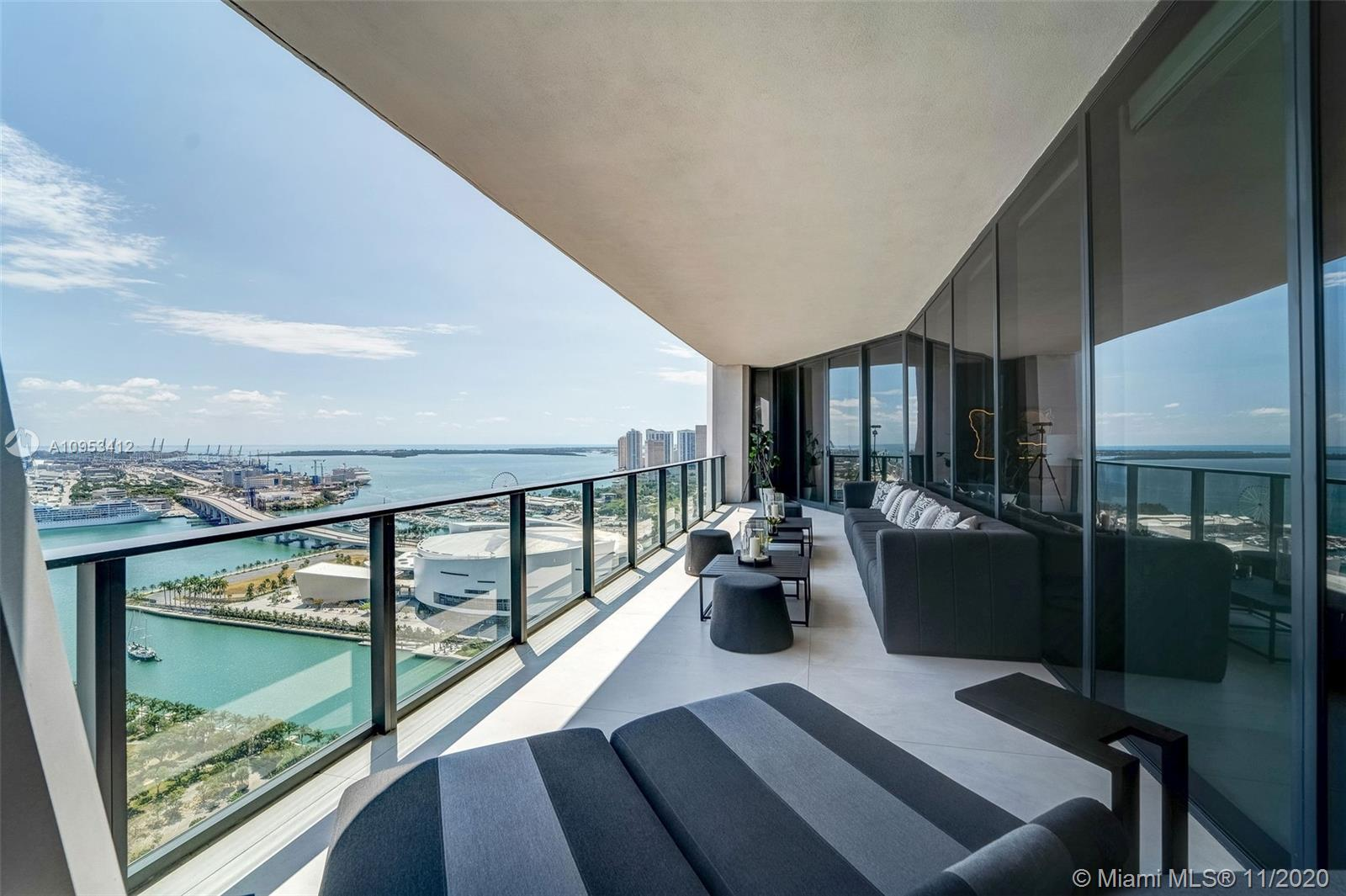 Photo of 1000 Biscayne Blvd #3302 listing for Sale