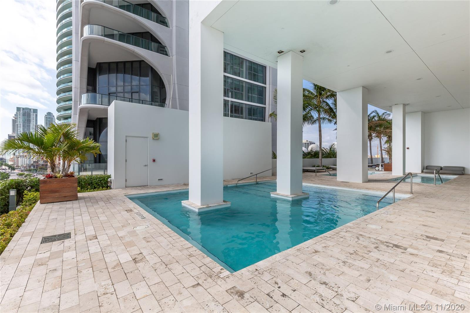1040 Biscayne Blvd #1802 photo042
