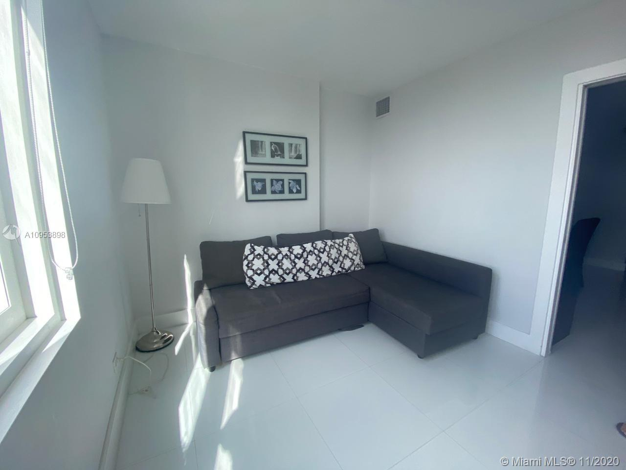2301 Collins Ave #1028 photo07