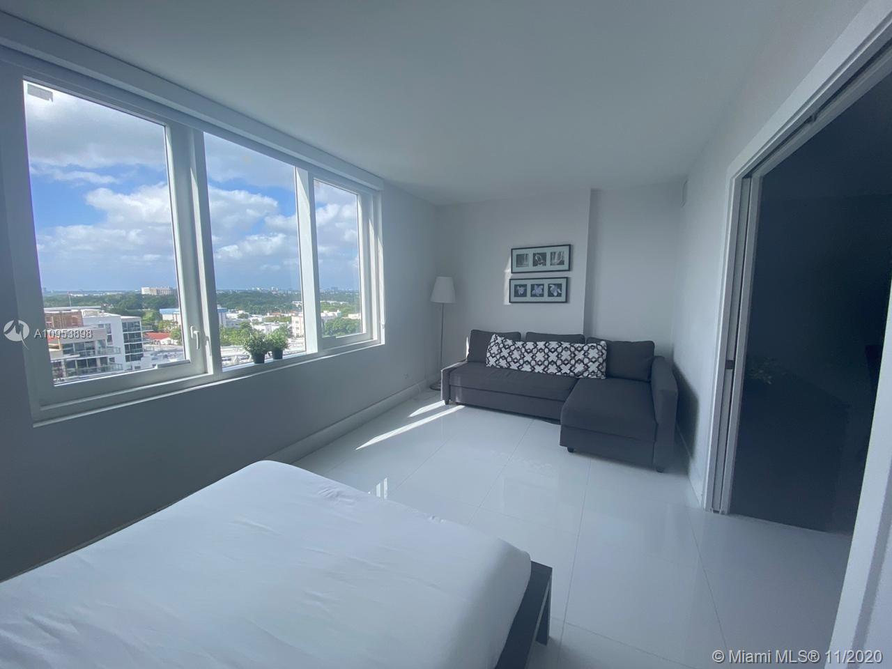2301 Collins Ave #1028 photo08