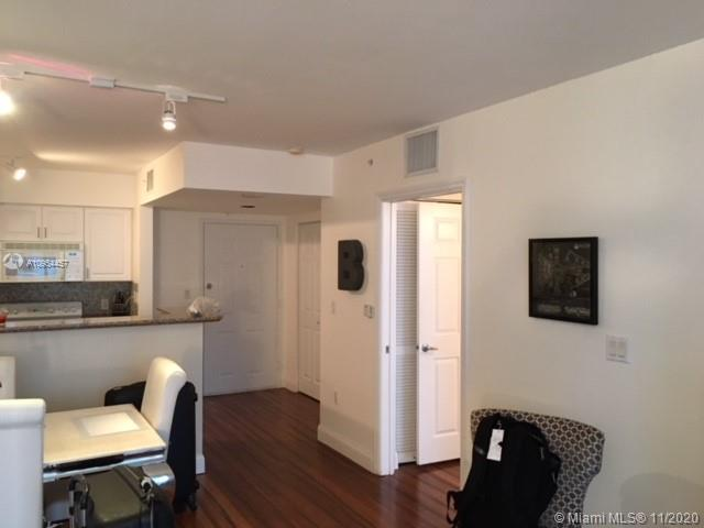 1155 Brickell Bay Dr #1805 photo02