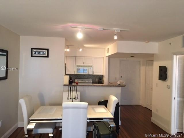 1155 Brickell Bay Dr #1805 photo06