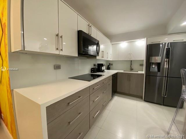 6039 Collins Ave #1123 photo022