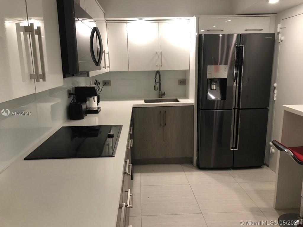 6039 Collins Ave #1123 photo021