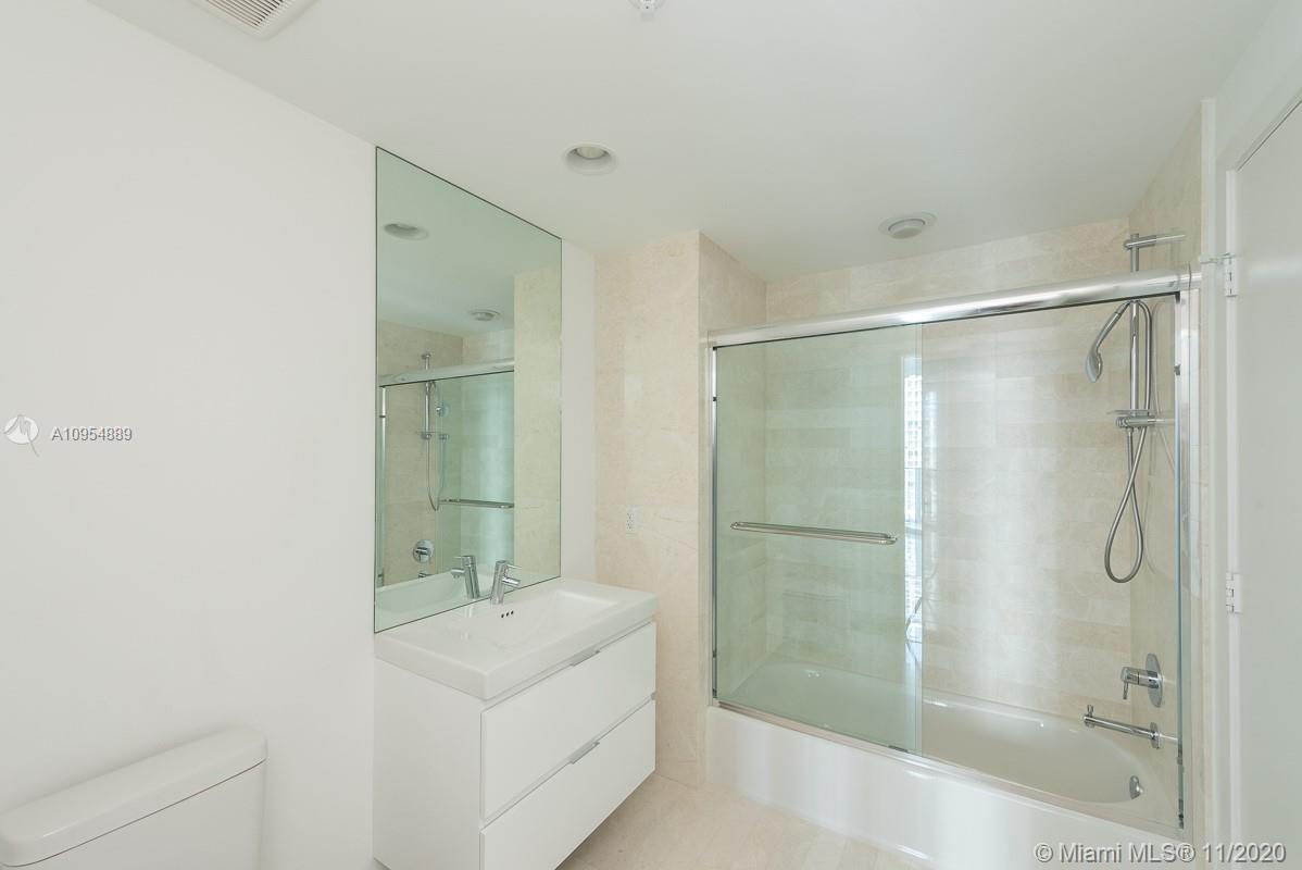 17111 Biscayne Blvd #803 photo013